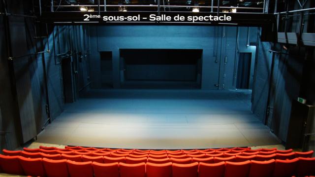 Grande salle – Vue de la scène